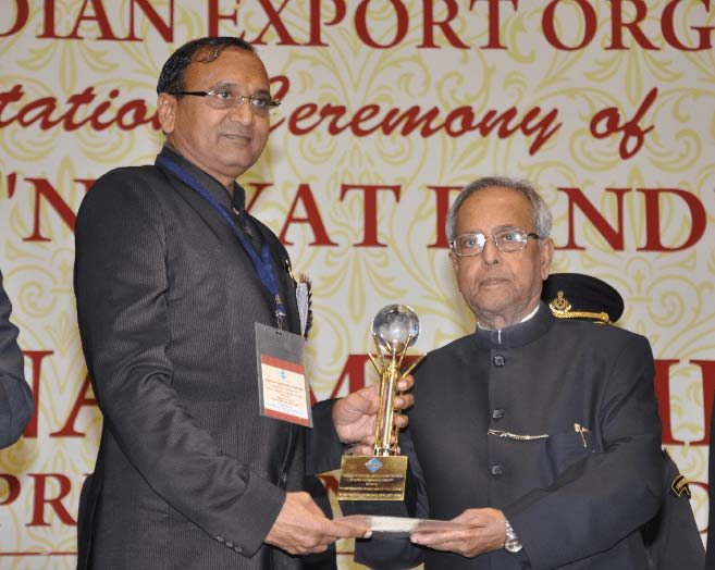 DHARMANANDAN WINS JNA'S EMPLOYER OF THE YEAR AWARD